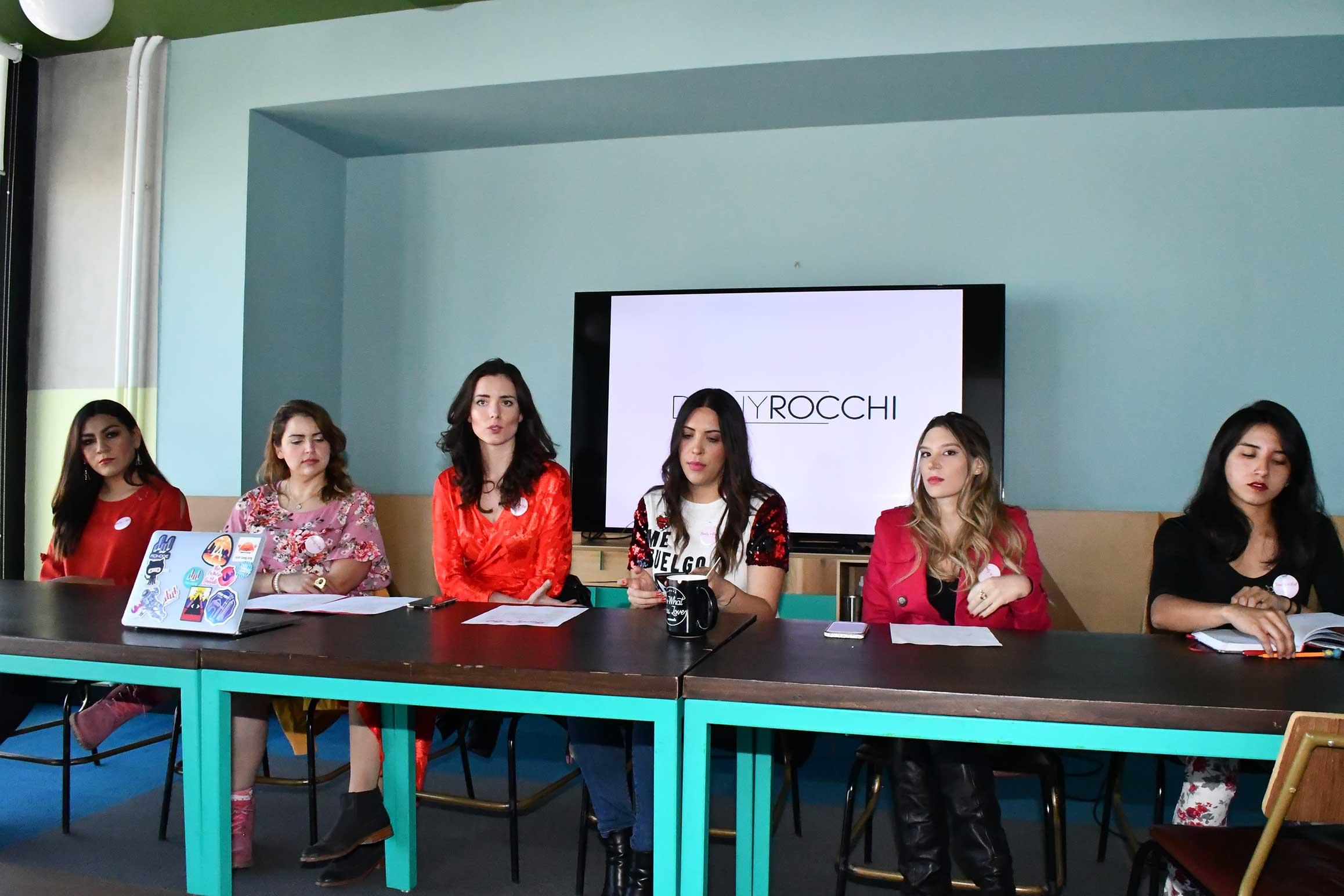 Jimena Gómez, Gabilú Mireles, Mara Matosic, Dany Rocchi, Andrea Noriega y Lolo Roho