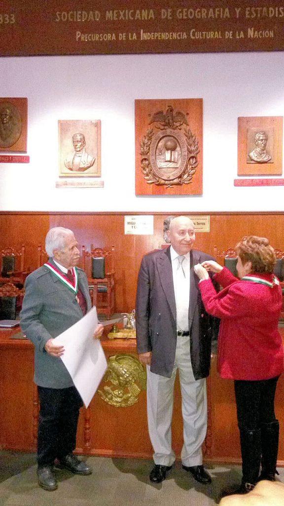 Destacado político a la Sociedad Mexicana de Geografía y Estadística
