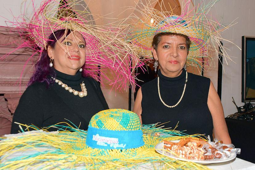 Patricia Castro y Rosario Martínez