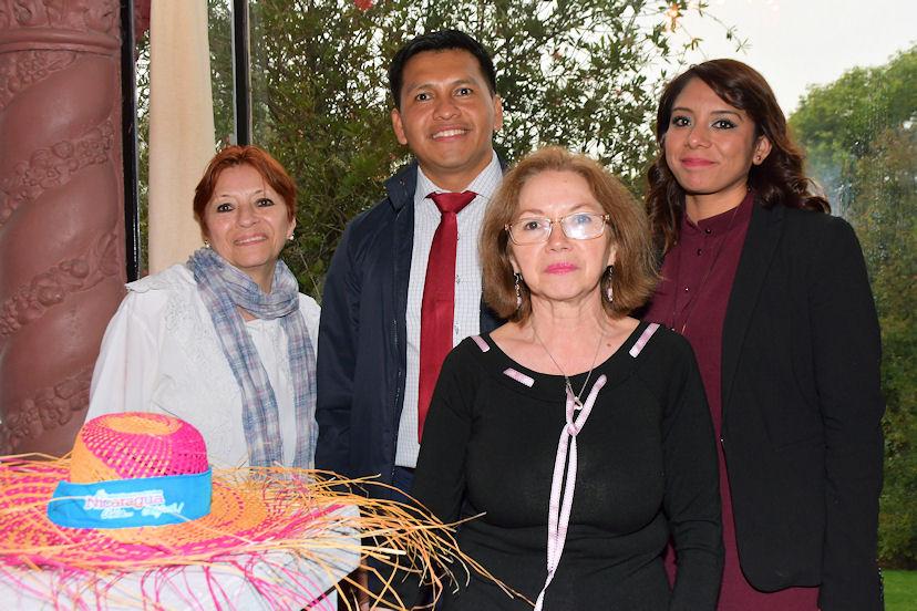 Lourdes Duarte, Victoria Duarte David Aguirre y Teresa Pérez