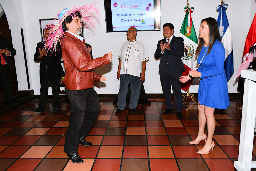 """Uno de los concursos que más gustó fue el baile del """"Palo de Mayo"""""""