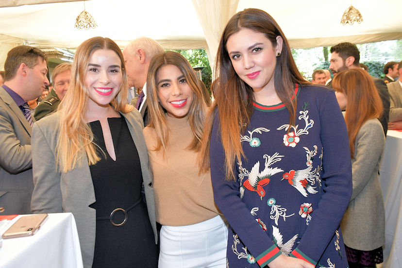 Virginia Olalde, Danissa Córdova y Andrea Franco