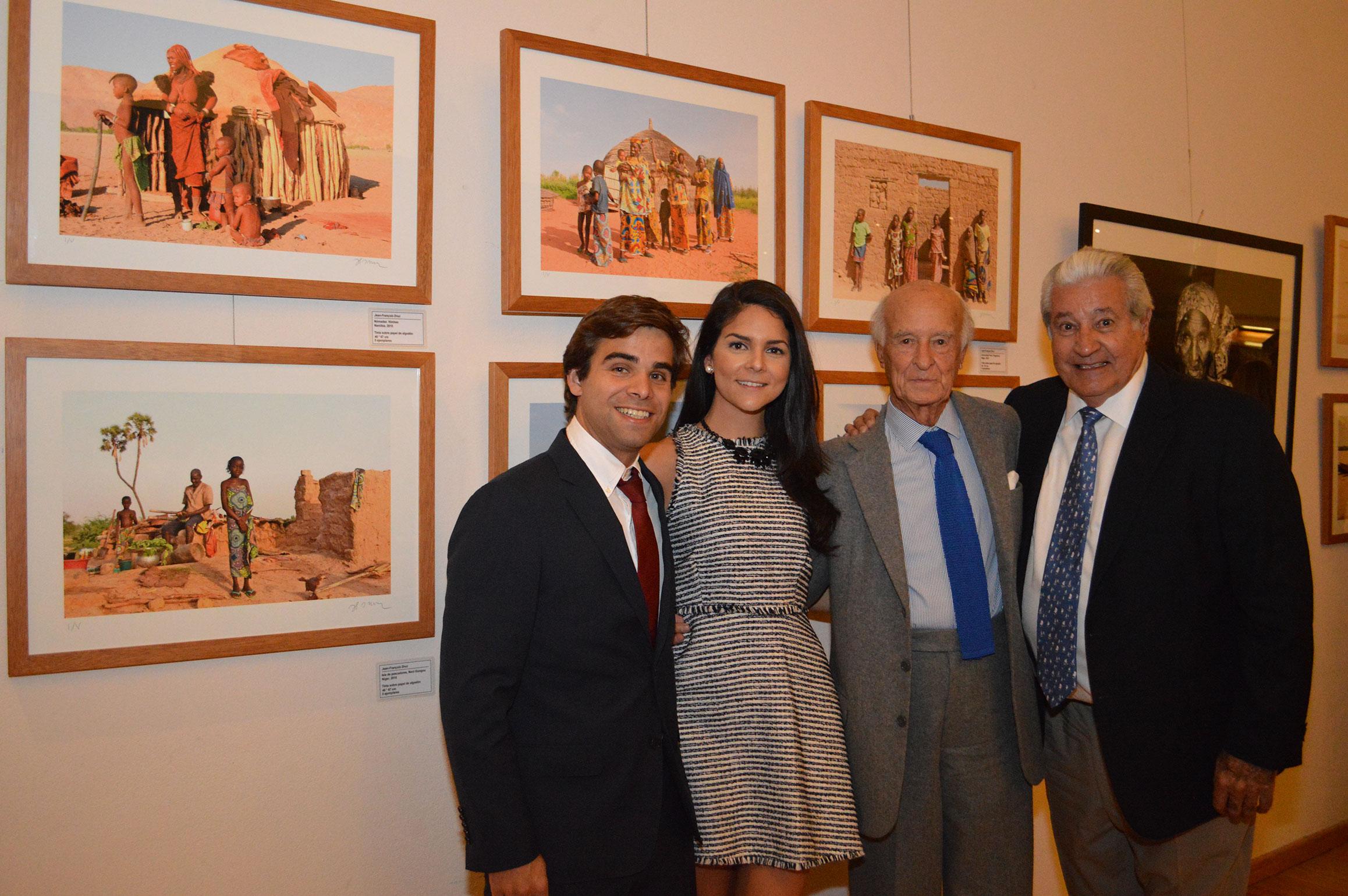 Francois Illas New Tradition: Protocolo Foreign Affairs & Lifestyle