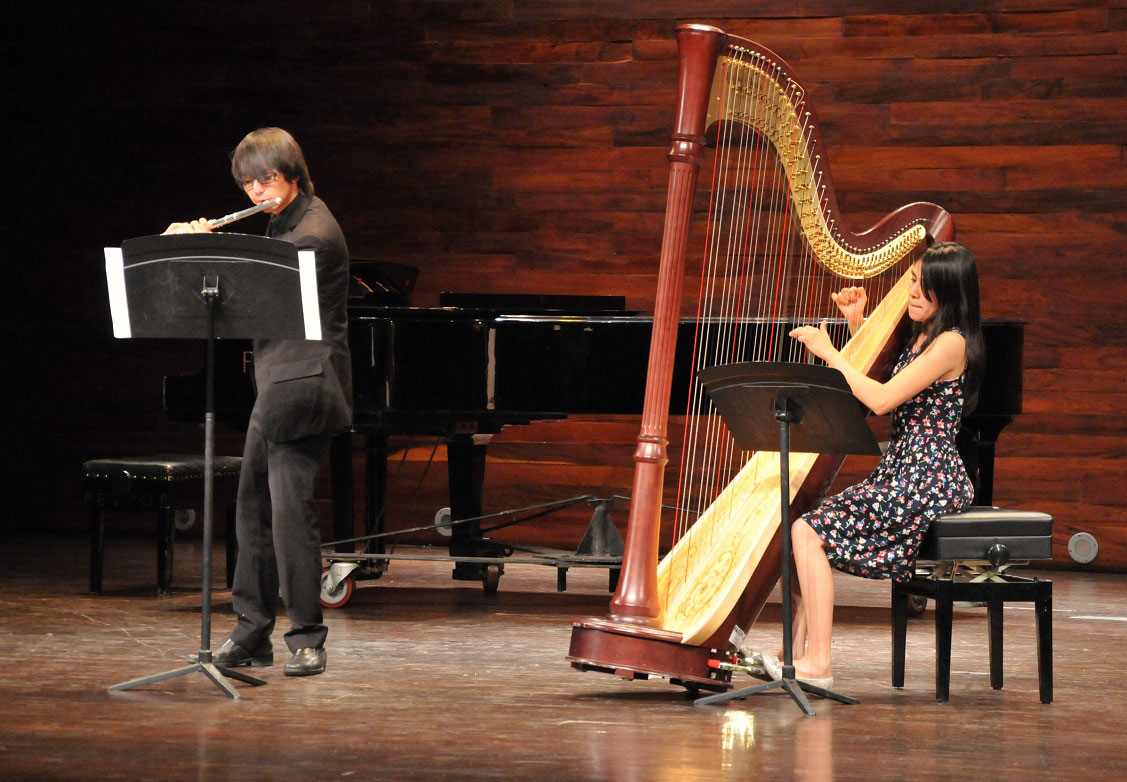 Alumnos de la Orquesta Escuela Carlos Chávez ofrecieron recital de música