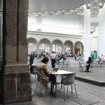 Asiduos a la Biblioteca de México revelan el porqué les gusta