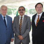 Héctor Hermosillo, Alfredo Salvador Pineda Saca, embajador de El Salvador, y Sam Lobo