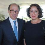 Ara Aivazian, embajador de Armenia, y su esposa