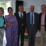 Wendy Coss, Nandita Chakma y su esposo, Supradip Chakma, embajador de Bangladesh; Fiknet Turkes y Maike Stark