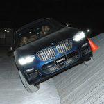 Con diversos obstáculos, algunos asistentes pusieron a prueba el BMW X3.