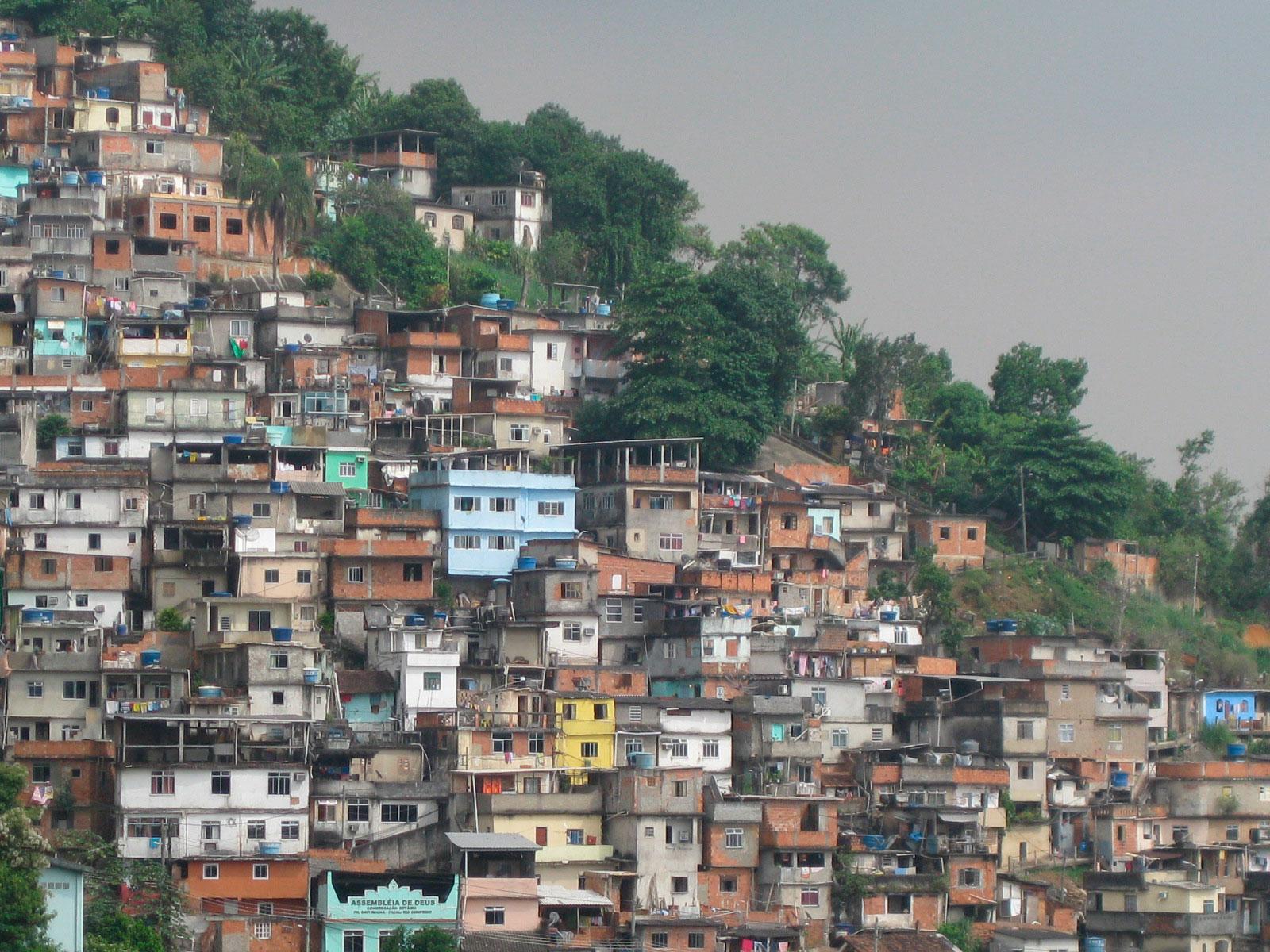 Brasil: Cunde el miedo en las favelas antes de los Juegos Olímpicos de Río