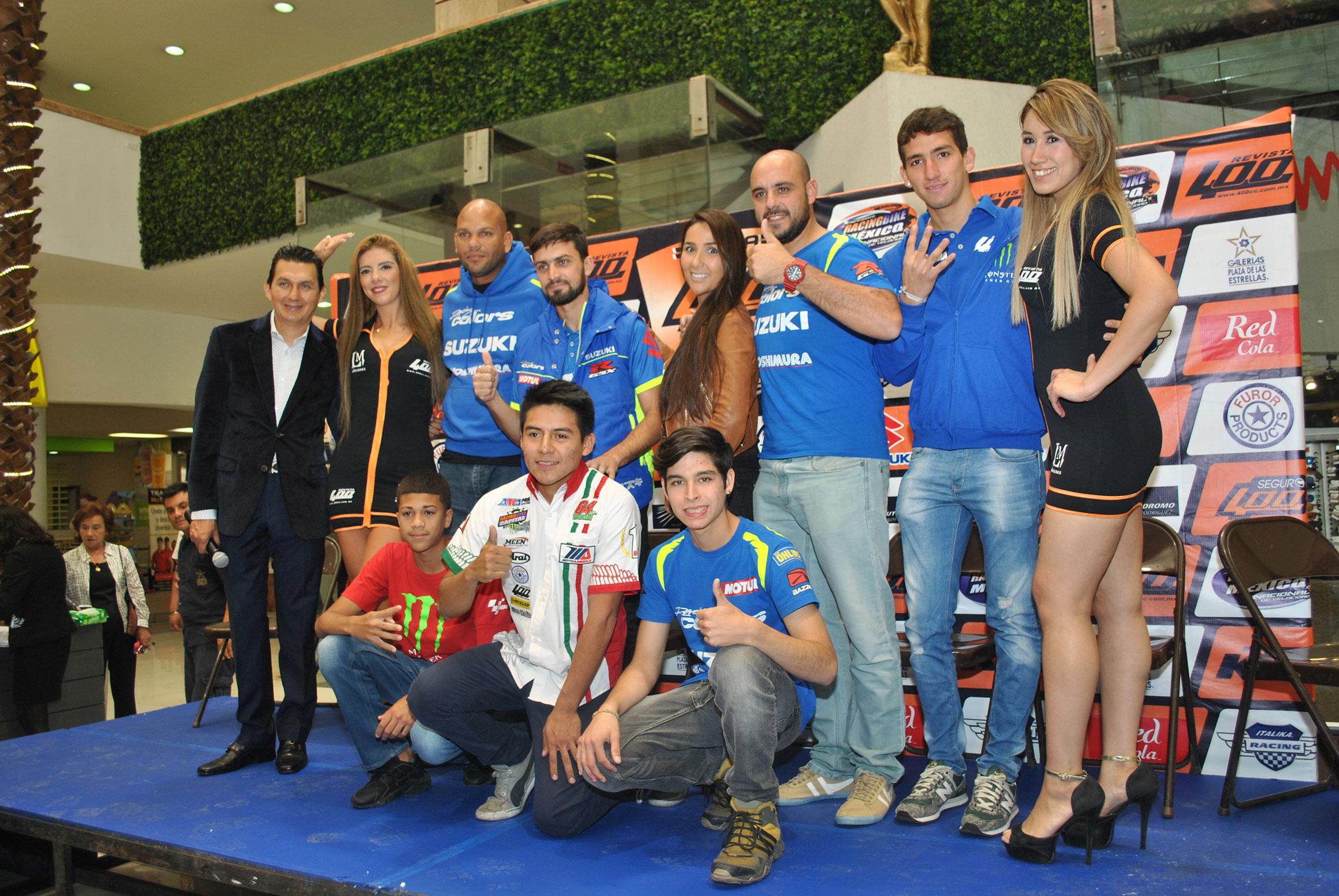 Pilotos, coordinadores y edecanes del Campeonato Racing Bike México
