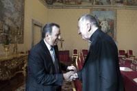 El canciller Meade en reunión con el secretario de Estado Pietro Parolin