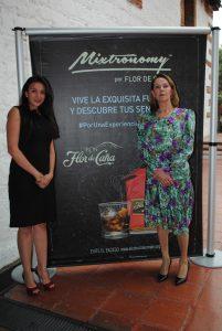 Arlene Zavala y Tamara Hawkins de Brenes, embajadora de Nicaragua.