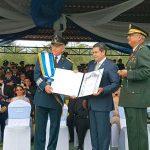 Gral. Salvador Cienfuegos recibe máxima condecoración de Honduras