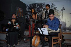 Un grupo de música árabe amenizó el convivio de inauguración