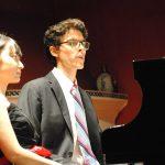 A cuatro manos, pianistas de Japón y México conquistan Italia