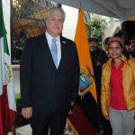 Leonardo Arizaga Schmegel, embajador de Ecuador, y la joven promesa de la canción ecuatoriana Cristine. Revista Protocolo Copyright©