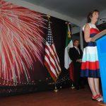 Fiesta nacional de EEUU y el muro ocurrente de la prensa mexicana