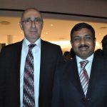 Rabah Hadid, embajador de Argelia, y Muktesh Kumar Pardeshi, embajador de la India