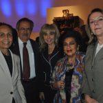 María Lourdes Urbaneja Durant, embajadora de Venezuela; Héctor Ricardo Núñez Muñoz, embajador de Chile; Wendy Coss, Elsa Espinosa y Tamara Hawkins de Brenes, embajadora de Nicaragua