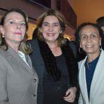 Tamara Hawkins de Brenes, embajadora de Nicaragua; Jaqueline Espitia Arias, embajadora de Colombia; María Lourdes Urbaneja Durant, embajadora de Venezuela