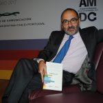 Presentan en la EBC libro sobre comunicación empresarial