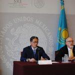 Embajador de Kazajstán se confiesa enamorado de la cultura mexicana