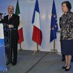 Carlos de Icaza, subsecretario de Relaciones Exteriores, y Marysse Bossière, embajadora de Francia