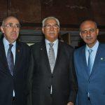 Rabah Hadid, embajador de Argelia; Abderrahman Leibek, embajador de Marruecos, y Mohamed A. I. Saadat, embajador de la Delegación Especial de Palestina