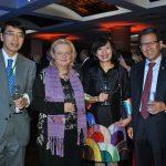 Akira Yamada, embajador de Japón; Eva Hager, embajadora de Austria; Linh Lan Le, embajadora de Vietnam, y Beeho Chun, embajador de la República de Corea