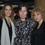 Andrea Weber, Maryse Bossière, embajadora de Francia, y Wendy Coss