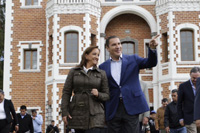 La secretaria de Turismo, Claudia Ruiz Massieu, con el gobernador de Puebla, Rafael Moreno Valle, durante el recorrido por el hotel Ex-Hacienda