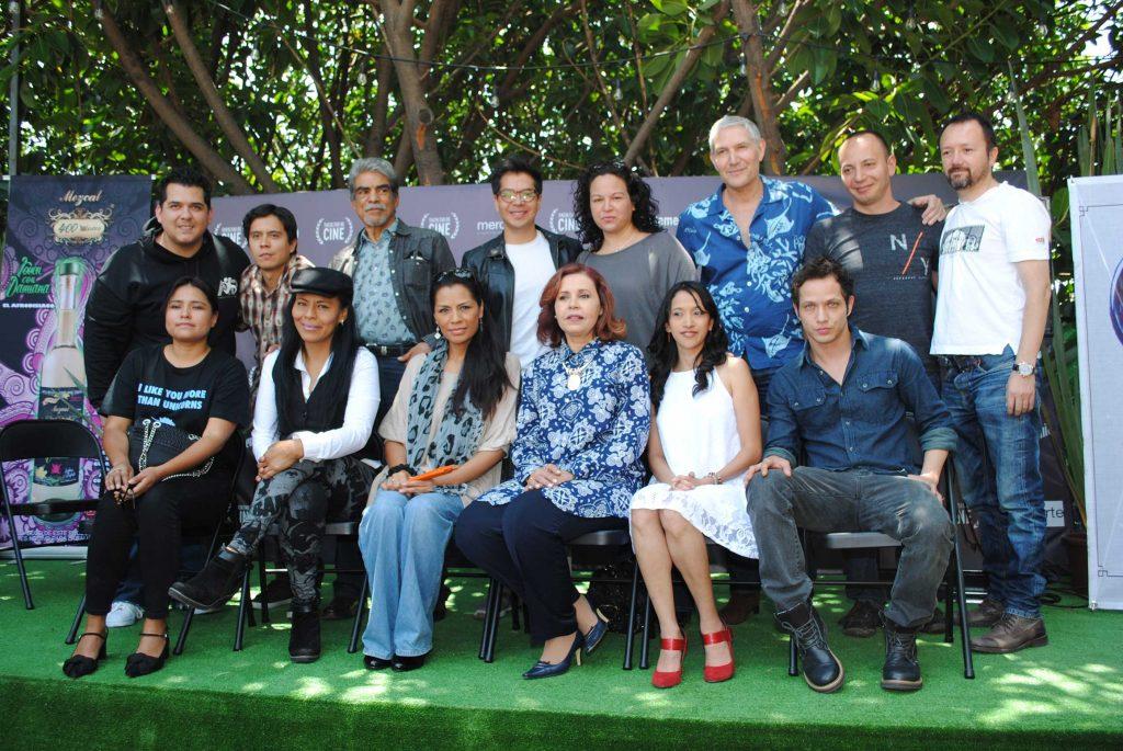 Actores, directores y demás trabajadores de cine mexicano, en el anuncio oficial de Finde Cine a los medios de comunicación. Revista Protocolo Copyright©