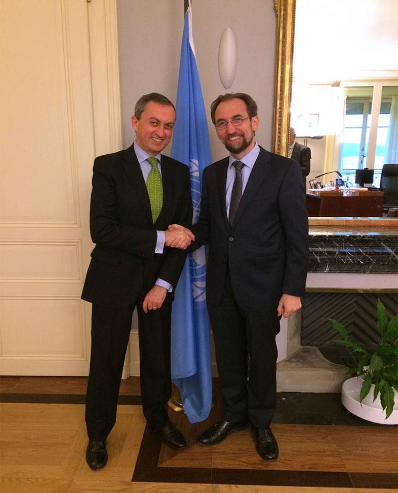El subsecretario para Asuntos Multilaterales y Derechos Humanos, embajador Juan Manuel Gómez Robledo, y Zeid Ra'ad Al Hussein, Alto Comisionado de las Naciones Unidas para los Derechos Humanos
