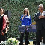 Las sopranos Eva María y Alejandra Gravas entonaron los himnos nacionales de México y Grecia, y acompañaron al embajador de Grecia en México, Petros Panayotopoulos