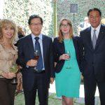 Wendy Coss, Beeho Chun, embajador de la República de Corea; Alena Gazurova, embajadora de Eslovaquia, y Andrian Yelemessov, embajador de Kazajstán