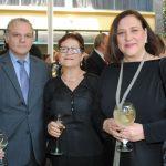 Evagoras Vrionides, embajador de Chipre; Natalia Moreleón y Verónica Terán