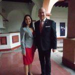 Andrea Reynoso Martínez y Eric R. Mercier, delegado general de Quebec en México