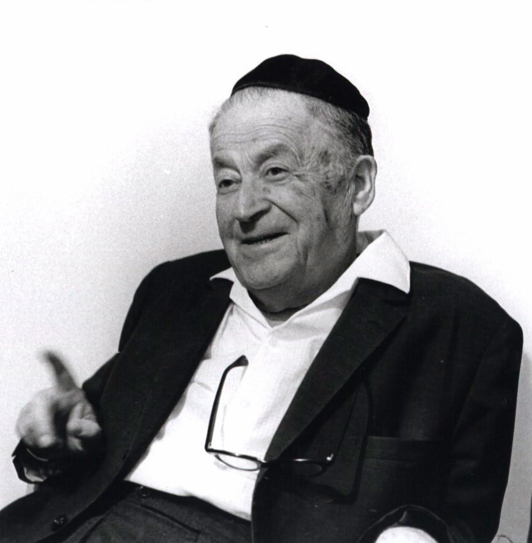 Shmuel Yosef Agnón, premio Nacional de Literatura en 1966