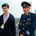 Jaime Zhou y el general Rodolfo Rodríguez Quezada, presidente de la Famex. Foto propiedad de la revista Protocolo Copyright©