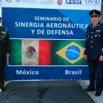 El coronel Marco Antonio da Silva, agregado militar de la Embajada de Brasil en México, y el general Rodolfo Rodríguez Quezada. Foto propiedad de la revista Protocolo Copyright©