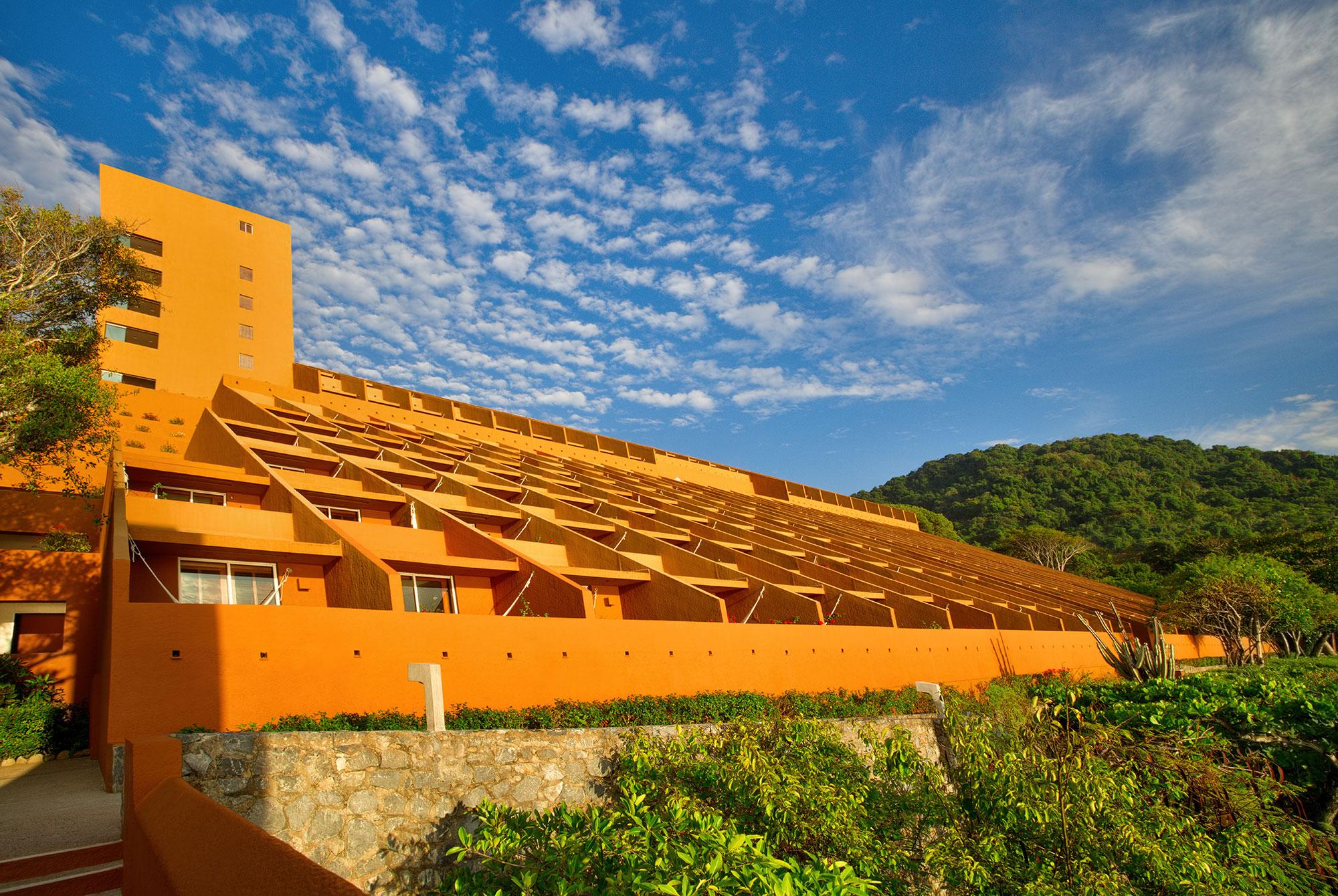 Anuncia Brisas Ixtapa promociones para sus visitantes de León