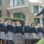El coro del Instituto Liceo Mexicano Japonés entonó los himnos nacionales de México y Japón