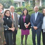 María Elena Salas, Adriana Salinas de Gortari, José Muñoz, Claudia Ruiz, Mohamed Saadat, embajador de la Delegación Especial de Palestina, y su esposa