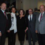 Ivan Medveczky, embajador de Hungría, y su esposa; Ara Aivazian, embajador de Armenia, y su esposa, con Valentín Petrov, embajador de Bulgaria