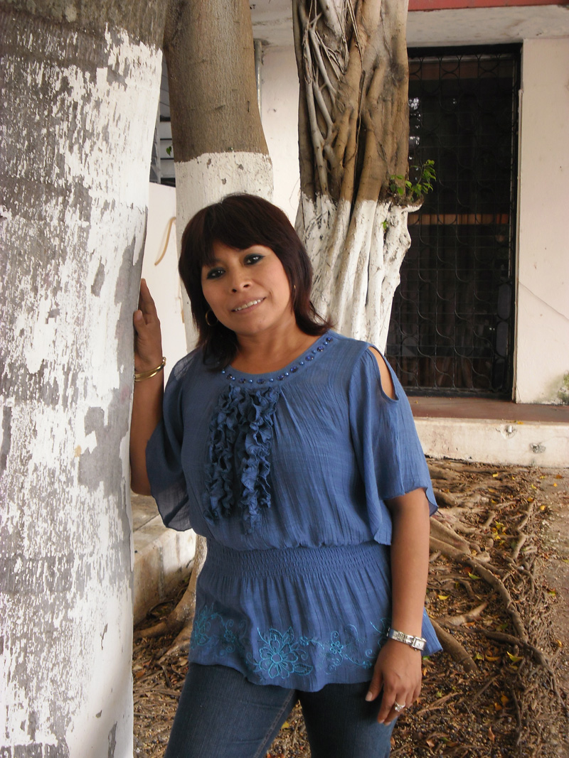 La escritora, poeta y traductora Marisol Ceh Moo