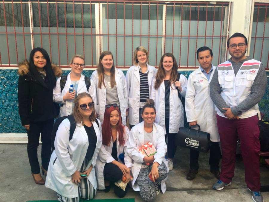 """Universidades de Australia envían estudiantes a CDMX para conocer """"El médico en tu casa"""""""