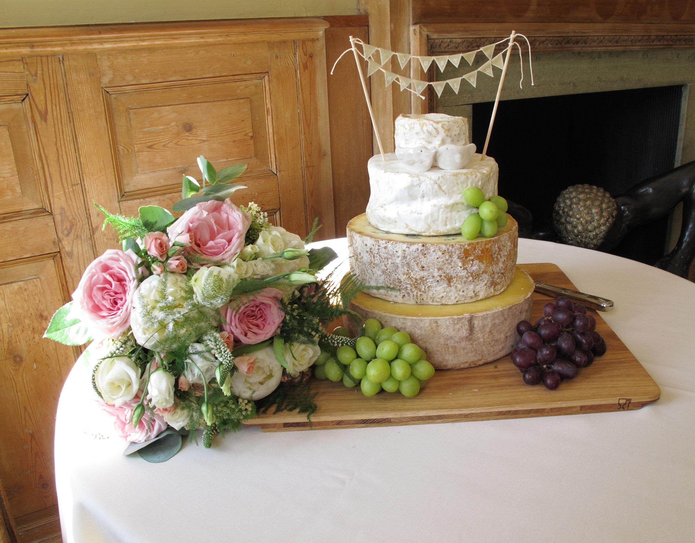 La mesa de quesos un must para las bodas - Mesa de quesos para bodas ...