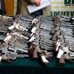 Mexicanos ejemplares en control de armas