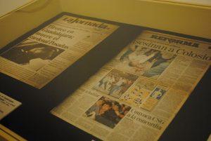 Aparecen primeras planas de periódicos importantes sobre los asesinatos del cardenal Juan Jesús Posadas Ocampo, Luis Donaldo Colosio, José Francisco Ruiz Massieu, entre otros. Foto: propiedad de la revista Protocolo Copyright©